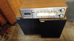 ANTIQUE SEARS AM/FM/CASSETTE PLAYER AMP.WITH MACHING SPEEKERS