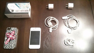 White IPhone 4 - Great condition Kingston Kingston Area image 1