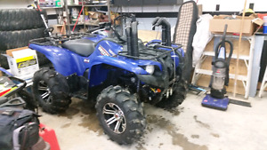 2009 grizzly 700 with power steering $7000