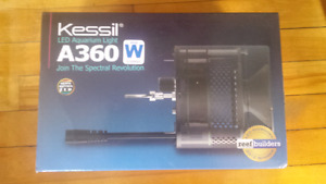 Kessil reef light