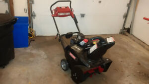 Craftsman  Deluxe Snowblower, ( 2 years old)  425