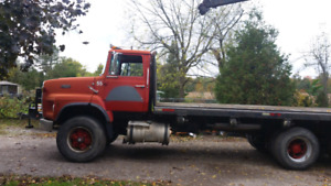 Parting out Ford L8000