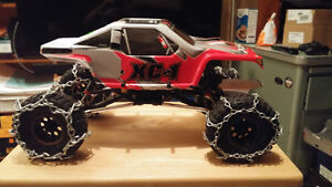 Axial AX 10 Scorpion Rock Crawler
