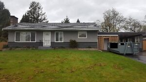 House for rent - 5 bed 2 bath (2 living spaces/2kitchens)***neg