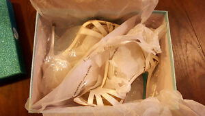 Betsy Johnson Ivory Satin Wedding Shoe (6.5)