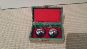 CHINESE STRESS RELIEF CHROME METAL BALLS
