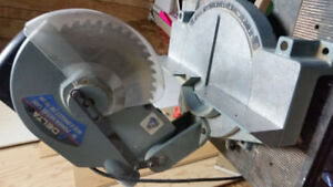 "DELTA 10 "" Power Mitre Saw"