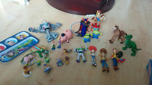 25 Figurines Toy Story, Histoire de jouets, Woody, Buzz...