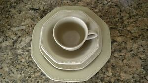 Martha Stewart Dishes