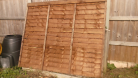 2 X 1830mm(6ft by 5ft)fence panels