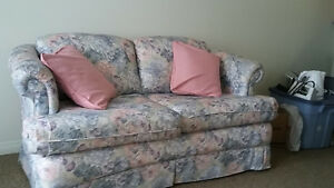 Love seat for sale
