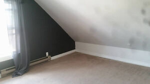 1 Room available in 4 bedroom house Peterborough Peterborough Area image 2