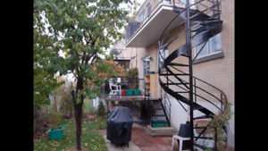 7.5 apartment for rent, large rooms, nice orchard backyard $1300