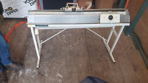 Artisan Knitting Machine 70D for parts