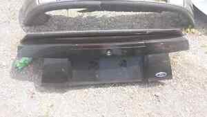 TRUNKLID AND WING FOR 2000 FORD MUSTANG Windsor Region Ontario image 1