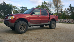Ford  sport Trac 4x4 lifted