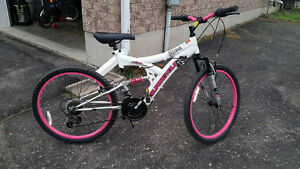 Girl's mountain bike