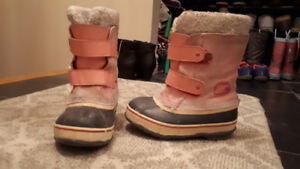 Girls kids shoes and boots - various sizes