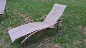 Reclining Outdoor Chairs