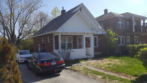 2 Bdrm Home Available for Rent - Central Location - Bell Park