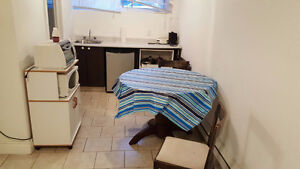 CSL, NICE APARTMENT, ALL INCLUDED (HEAT, INTERNET, CABLE, W/D)!