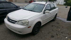 2006 Chevy optra parting out.