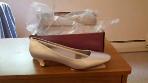 White Satin Dyeable Shoes