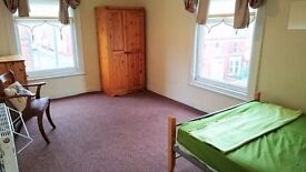 Large Double Bedrooms with Brand New Kitchen in Bagot Street