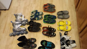 almost new boys shoes sizes 4-6 Stratford Kitchener Area image 3