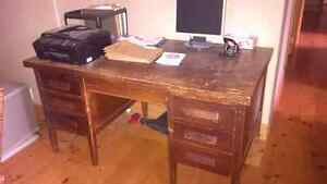 wooden desk for sale Kingston Kingston Area image 1