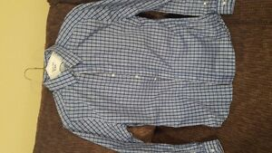 Gap and Old Navy Shirts - Slim Fit; $5 and $10 each Windsor Region Ontario image 1