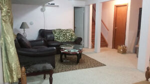 bedroom+living room+ private 3 pcs washroom / Roommate wanted Cambridge Kitchener Area image 1