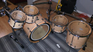 Looking to trade amazing Pearl Drums.
