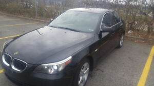 Black BMW 525xi 4x4 Sunroof Leather Xenon.. Very well maintained