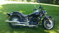 2006 YAMAHA V STAR 650 MIDNITE CUSTOM LESS THEN 17000 KM