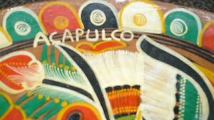 VINTAGE GORGEOUS MEXICAN TALVERA HAND PAINTED BIRDS CLAY PLATE Kitchener / Waterloo Kitchener Area image 8