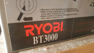 Ryobi BT3000 table saw with all accessories
