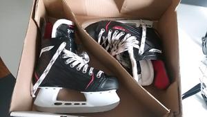 Boys CCM rbz hockey skates  size 2.5