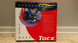 Cycle track Magnetic tacx bike trainer / entraineur de vélo