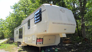 1991  ALFA  GOLD  FIFTH  WHEEL  TRAILER  40 FT
