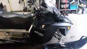 Expedition 1200 LE