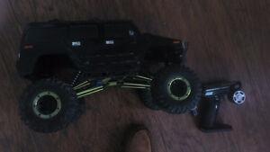 Custom axial rc rock crawler