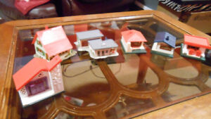 HO Model trains, French plastic city/houses, original for Joueff