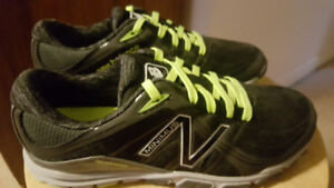 New Balance Womens shoes (NEW), size 6B two colors