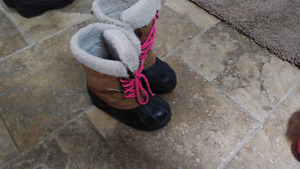 Girls winter boots size 11