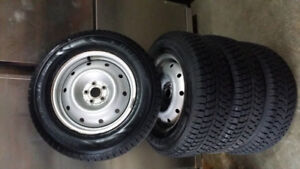 Dunlop Snow Tires with Rims
