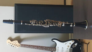 Bundy Clarinet for sale. Works and Sounds Great!