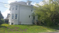 Charming 2 Level One Bdrm W/Small Yard and Parking
