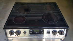"30"" Frigidaire Gallery Series SS Convection Oven Cambridge Kitchener Area image 2"