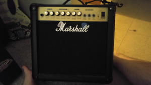 MARSHALL GUITAR AMP - G15R CD ** Jam along to your stereo!!